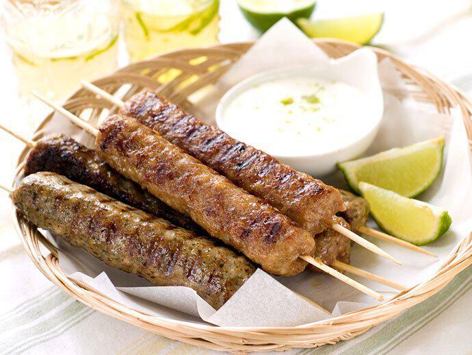 greek_kebab_yunan_kebabi_yunanistan  Yunanistan'da Tatmanız Gereken 10 Lezzet greek kebab yunan kebabi yunanistan