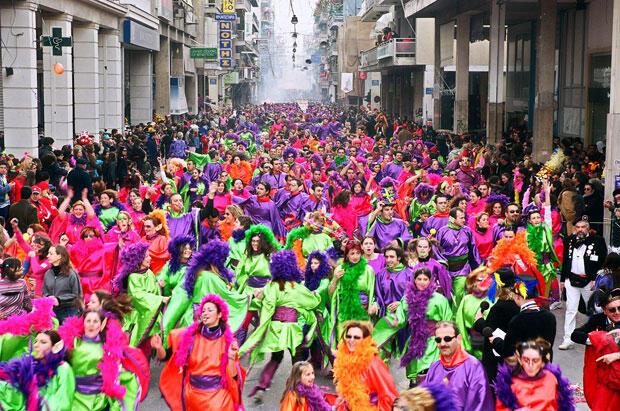 Yunanistan 39 da apokries karnaval kom uda ne oluyor for Costumbres de grecia