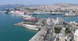 Pire Limanı Cruise Gemilerinin Yanaştığı E11 Kapısı